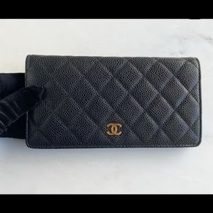 Chanel caviar classic wallet